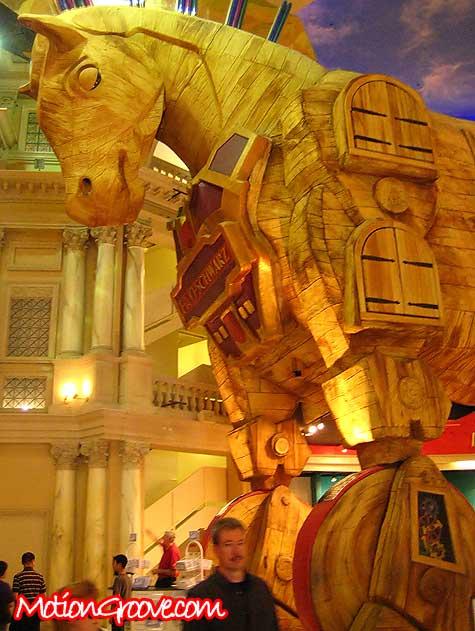 caesars-palace-trojan-horse