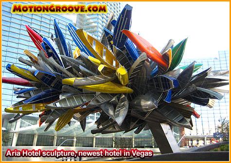 dec-10-09-vegas-aria-canoe-sculpture2