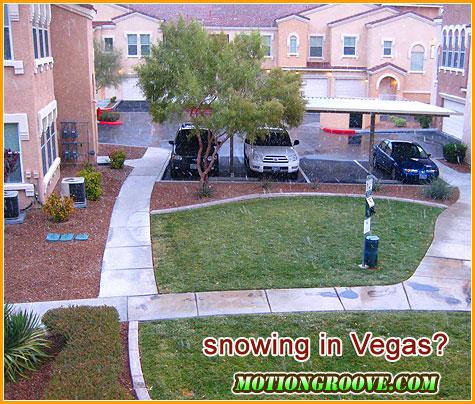 dec-11-09-snowing-in-vegas