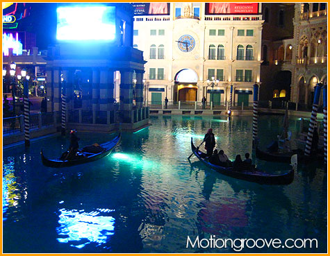 dec-2-09-venetian-gondola