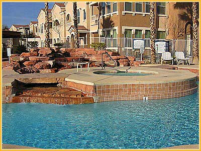 vegas-townhouse-pool2